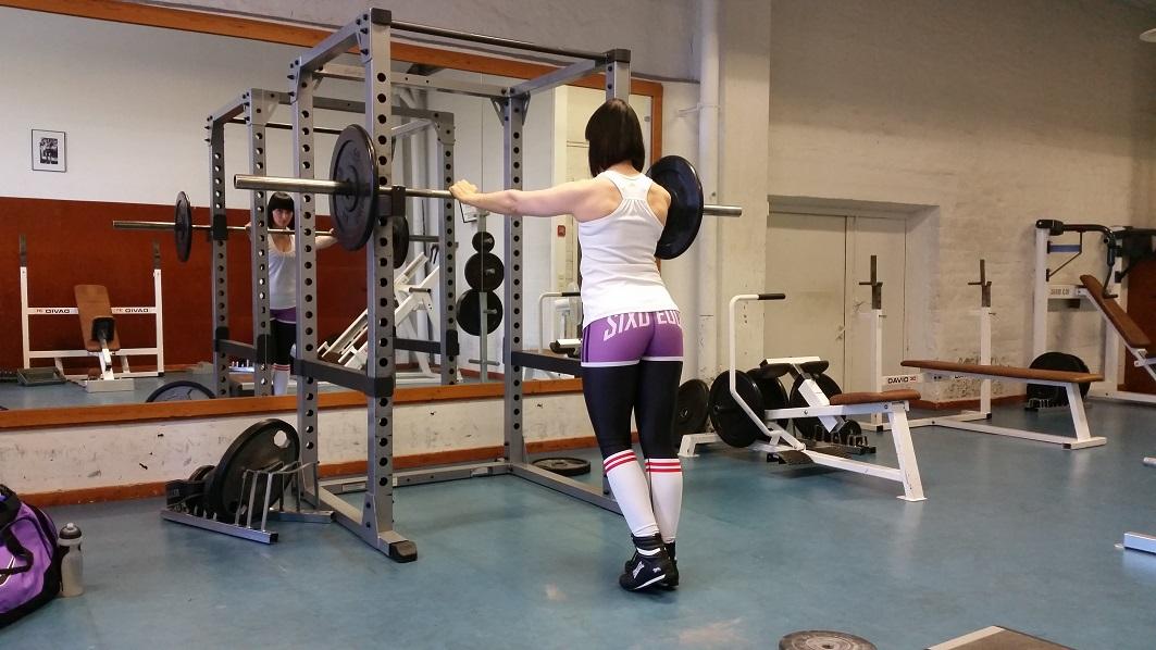 Fitness-jengin lepyttelyä – Six Deuce -kampanja!