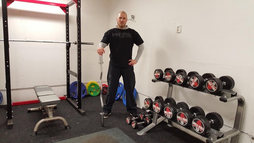 Olkavarteen muotoa – kunnon käsitreeni Metallisydän Gym:llä