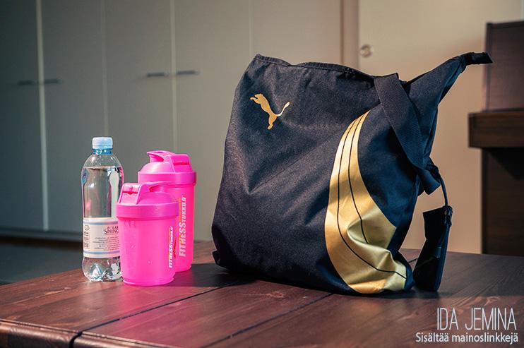 Toivepostaus – Mitä kaikkea treenikassistani löytyy?