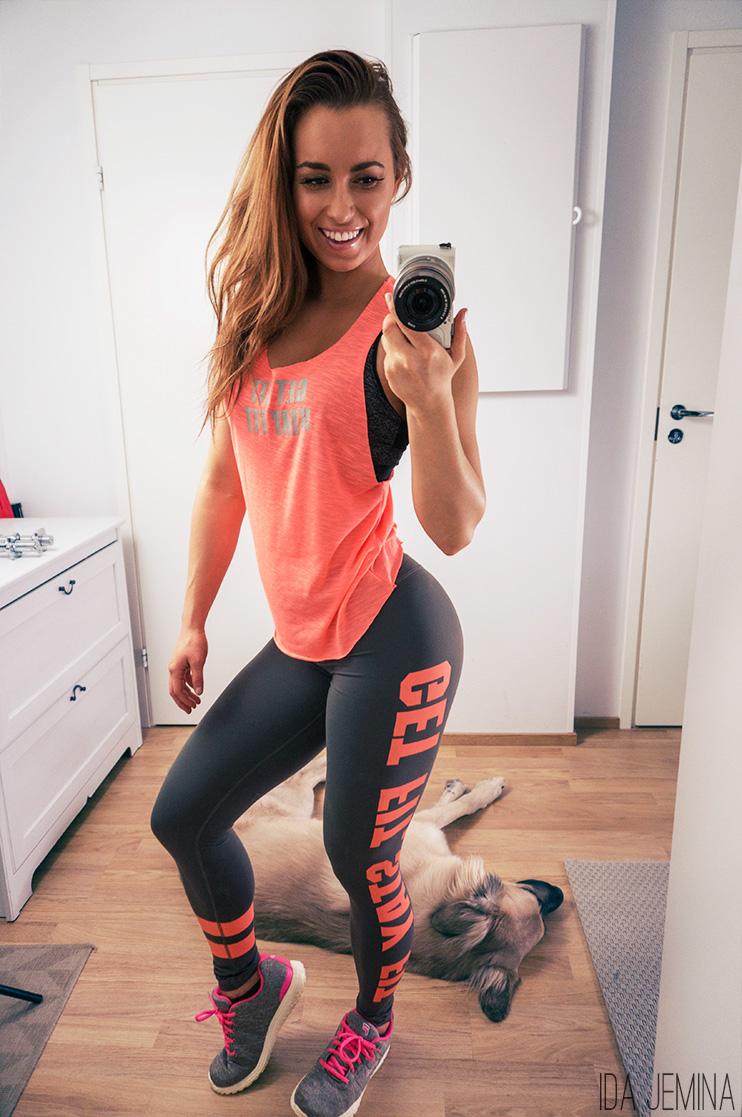 fitnesstukku-housut-ja-toppi-latausviikko