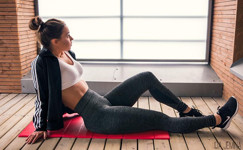 Korkeavyötäröiset treenihousut– parasta pitkään aikaan