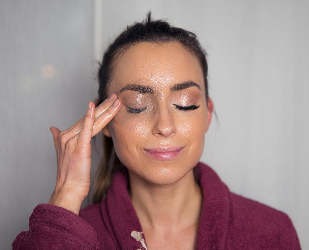 DIY kasvojenpesuaine