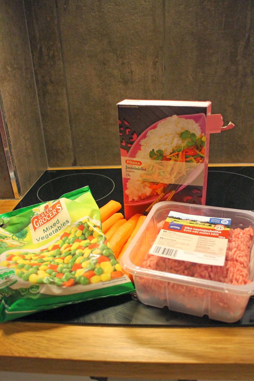 Meal Prepping -ruokien valmistusta