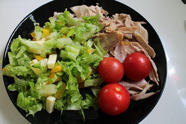 Miksi lapsiperheitä kannustetaan syömään huonosti?