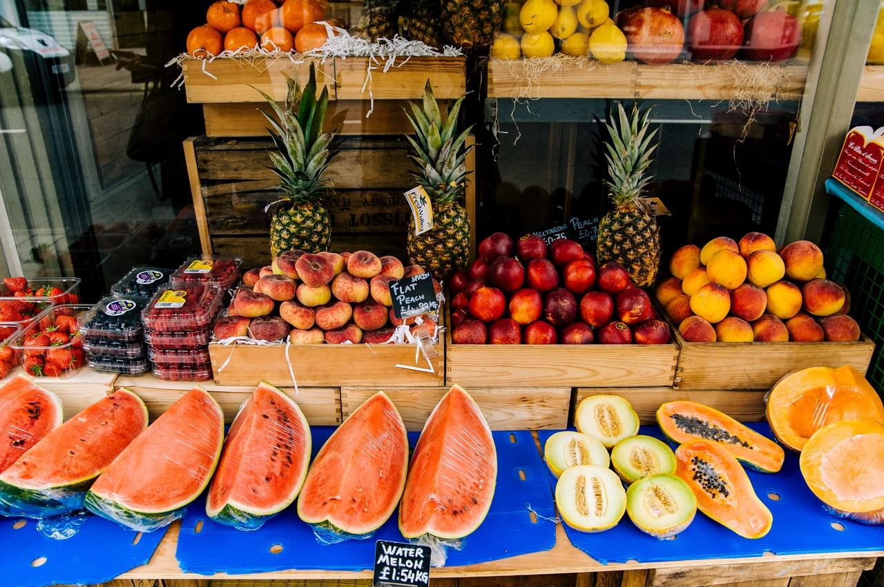 Jojoilu-Laihduttaminen-ruokavalio-hedelmat