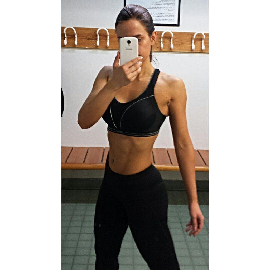 Bikinifitness.treeni.lihasmassankasvatus