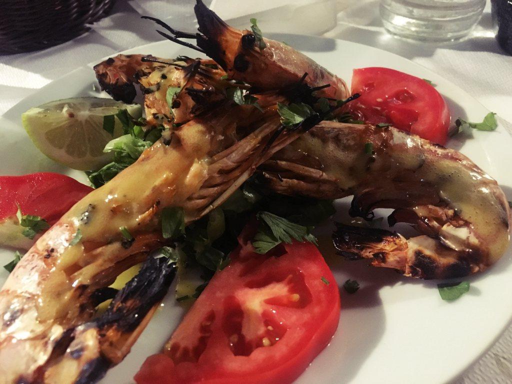 Kreeta-Hania-ruoka-vanhakaupunki-jattikatkaravut