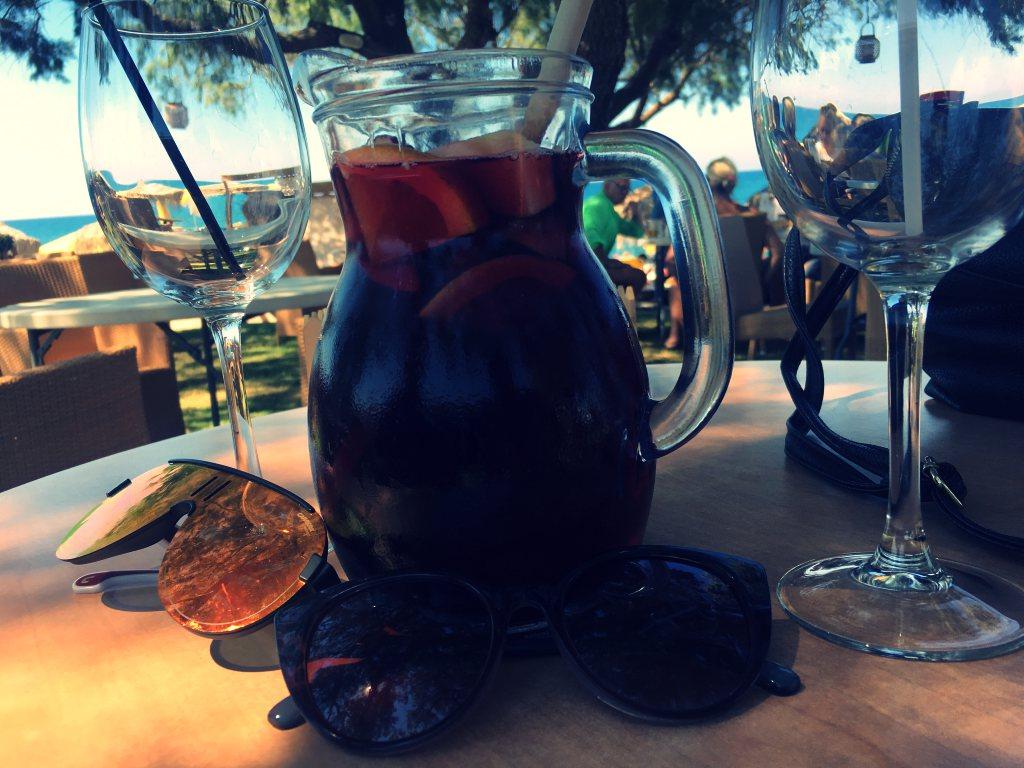 Sangria-Alkoholi-kreeta-hyvinvointi