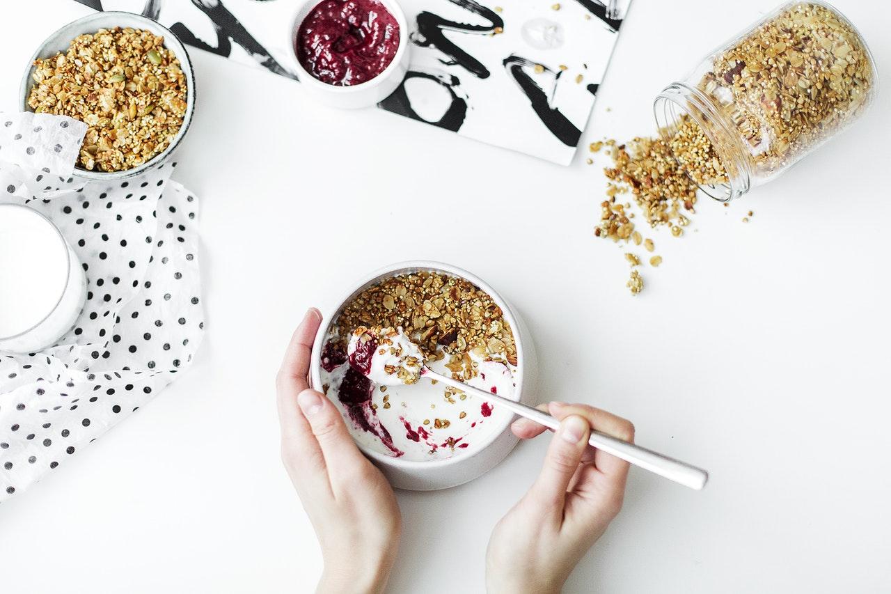 Maitotuotteet-Pois-vatsavaivat-kaura-soija-valipala