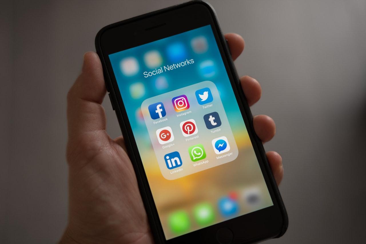 Some-Sosiaalinen-media-nettikiusaaminen-joukkolynkkays-puheenaiheet