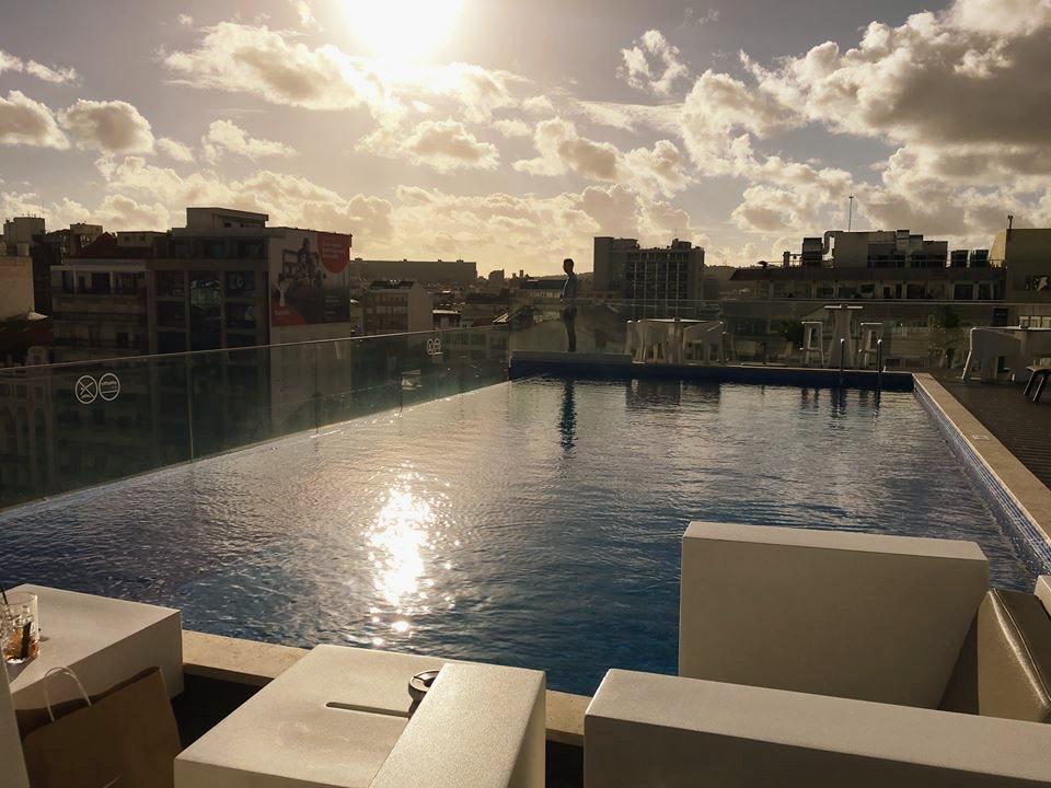 lisbon-jupiter-hotel-pool-lissabon-kokemus