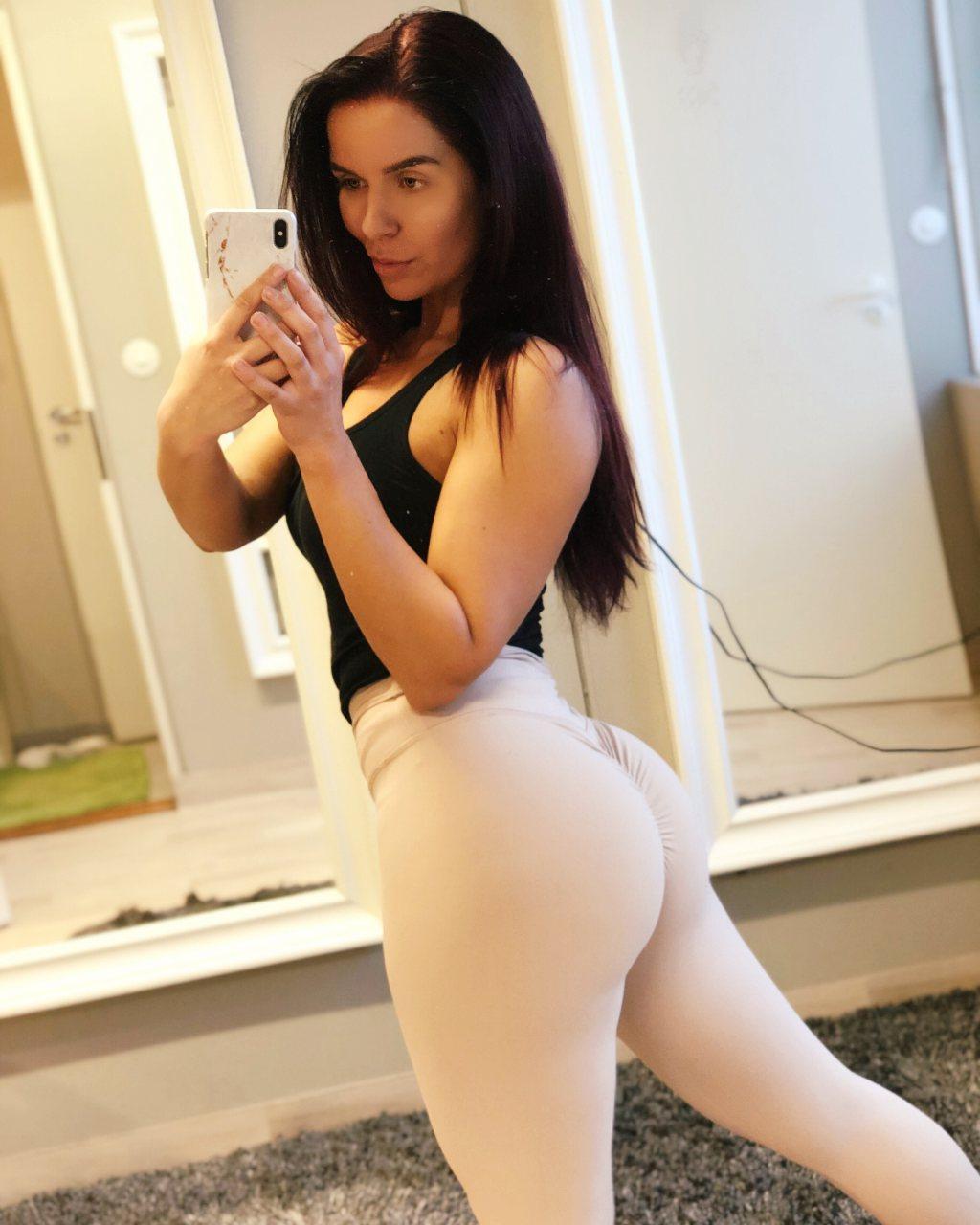 bikinifitness-treeni-sali-fitnessurheilu