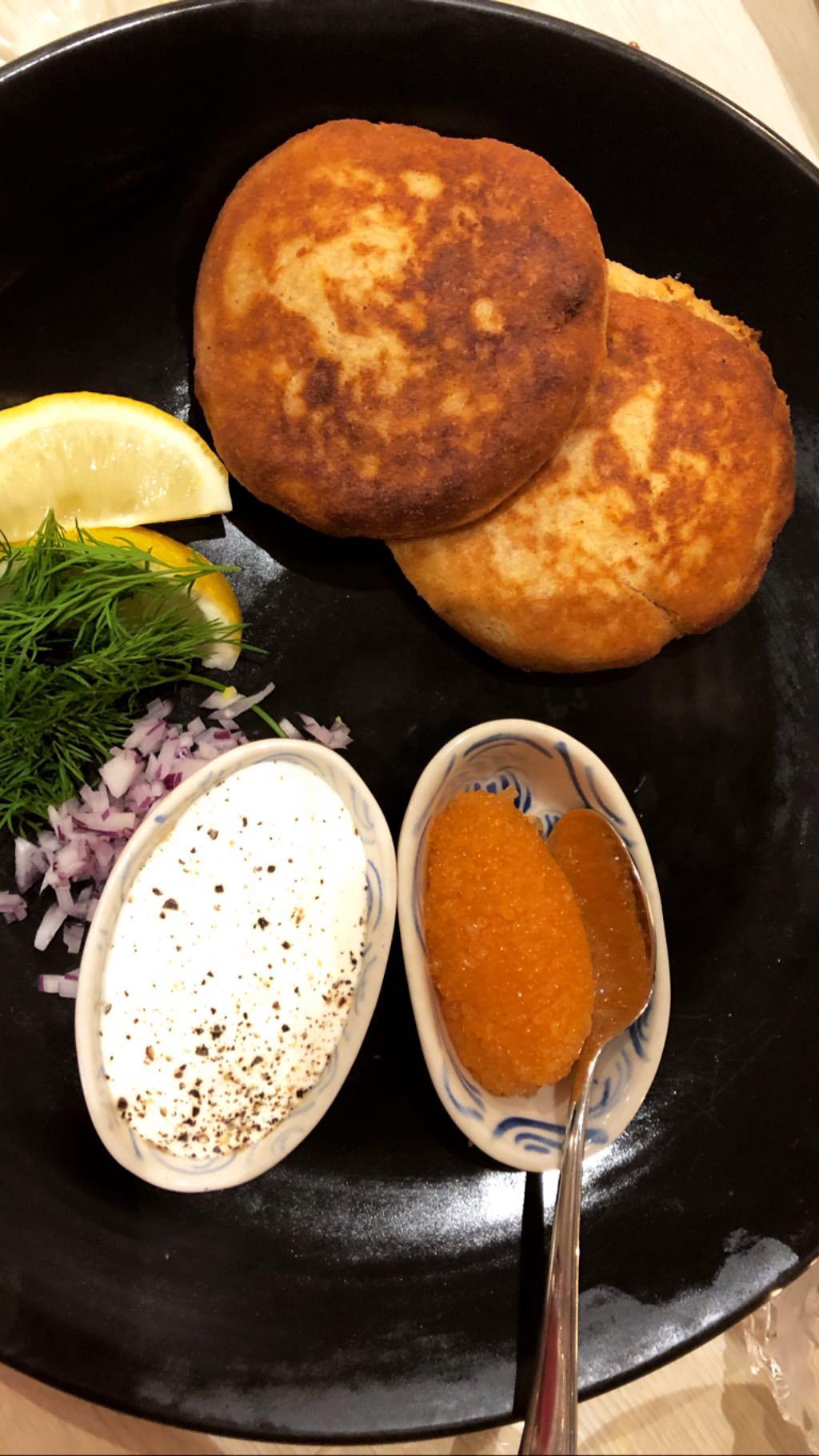 ravintola-moon-blinis-starters