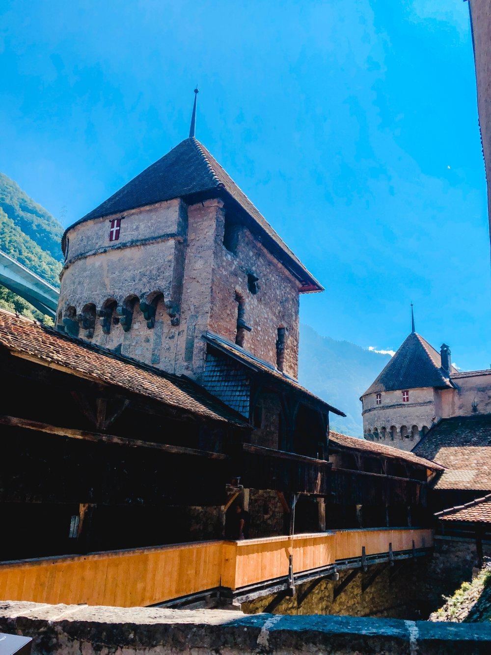 chateau-de-chillon-montreux-castle