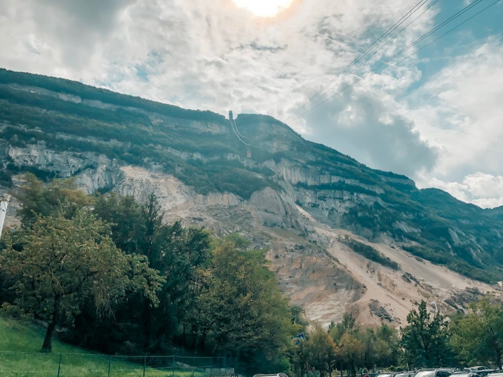 mont-saleve-geneva-france-kaapelihissi