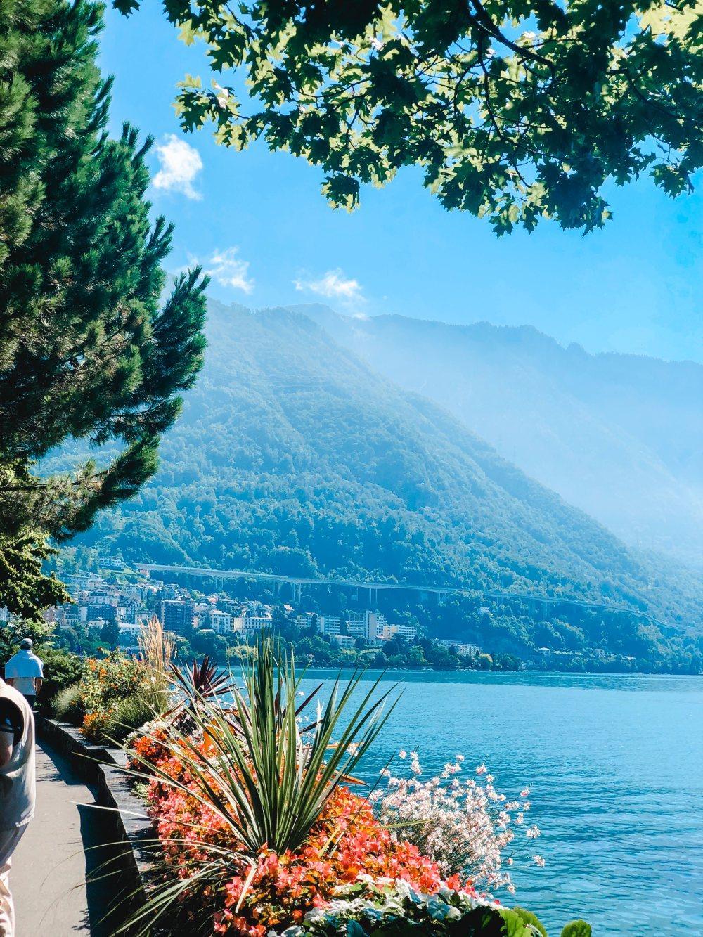 montreux-lake-view-geneva-lake