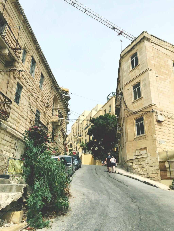 malta - kadut -liikenne - kokemuksia maltalla asumisesta