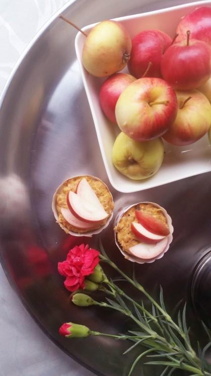 Helpot gluteenittomat omenamuffinssit mikrossa! (ilman valkoista sokeria)