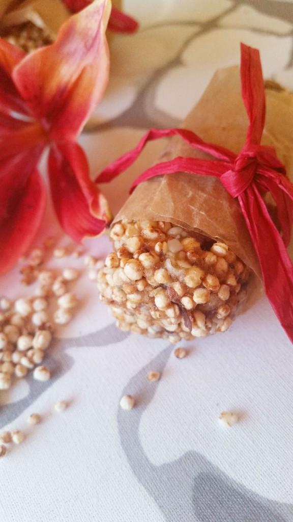 Kolmen ainesosan herkulliset välipalapatukat (gluteeniton, sokeriton, vegaani)