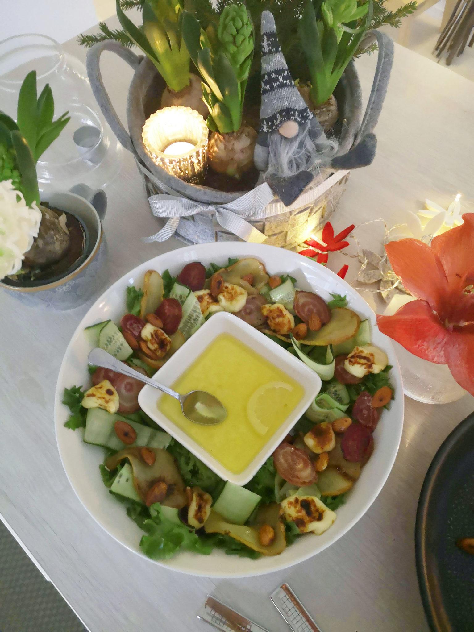 Salaatti Joulupöytään