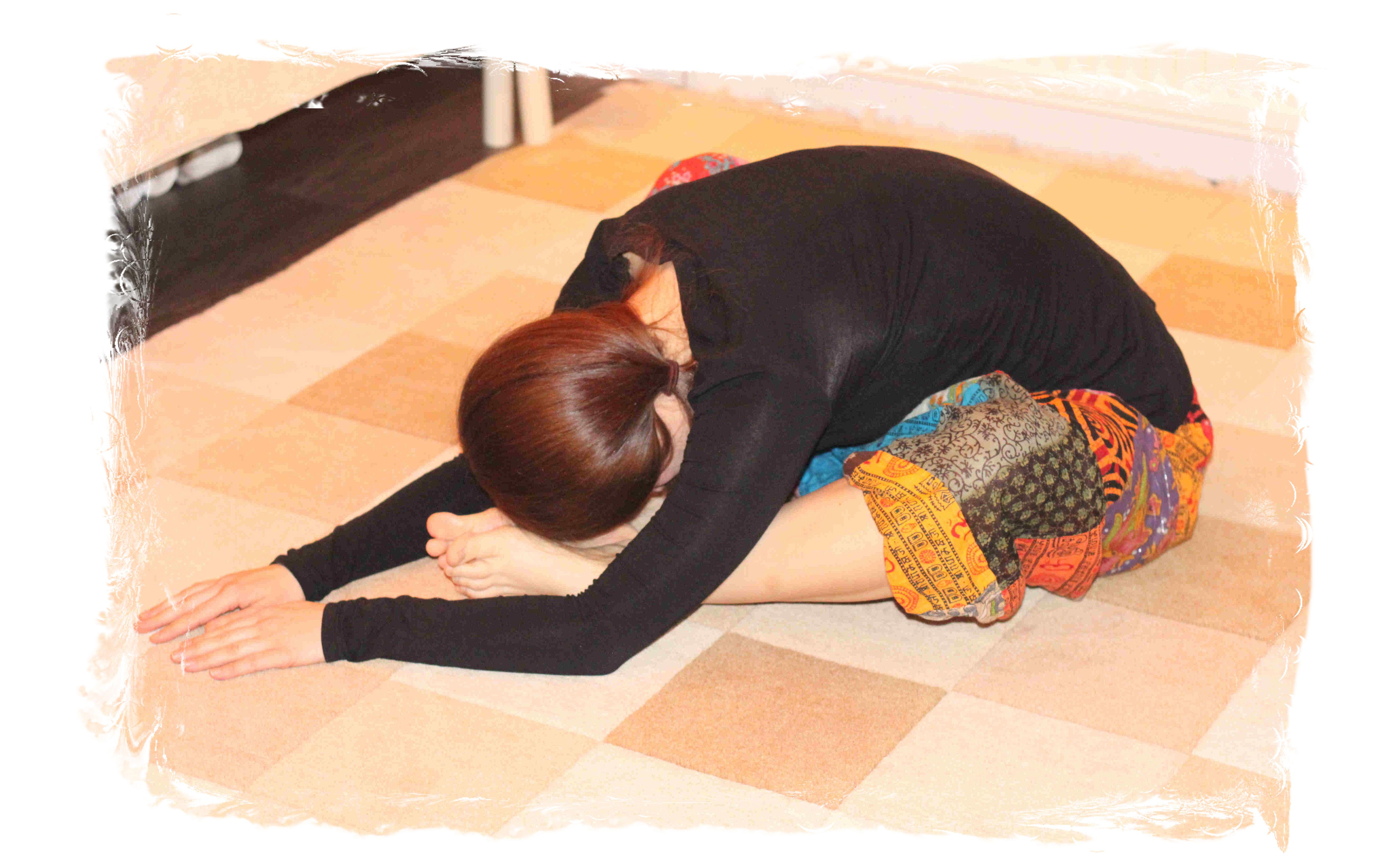 Yin joogan asanoista pyritään tekemään mahdollisimman rennot.