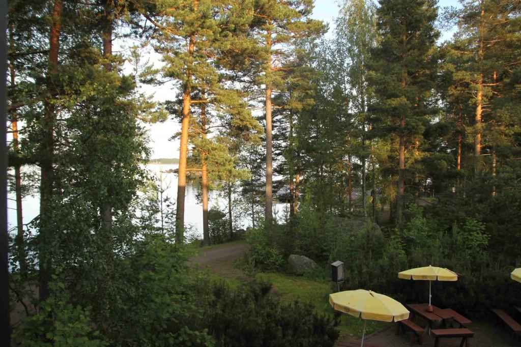 Haminasta matka jatkui Kotkan kautta Pyhtäälle. Maisema meidän hotellihuoneen parvekkeelta.