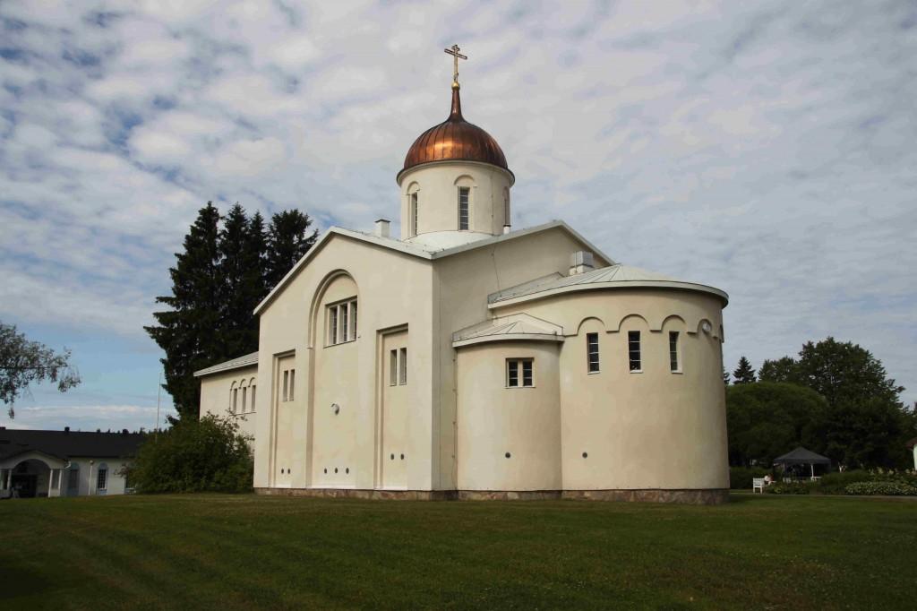 Viidentenä ja viimeisenä reissupäivänä ajeltiin takaisin kotiin, mutta matkan varrella piipahdettiin Vanamon kauniissa luostarissa.
