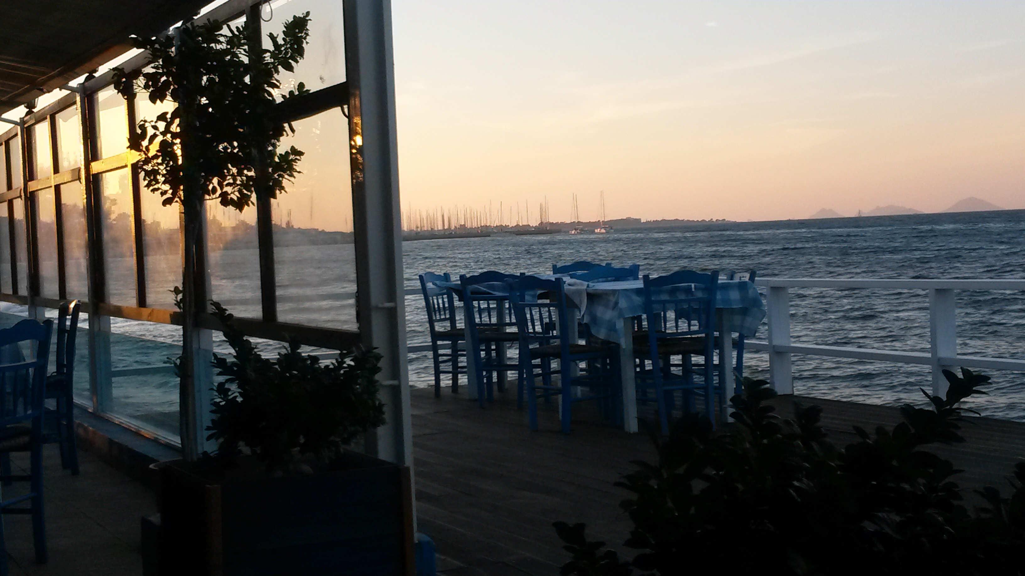 Kosilta löytyy ihania ravintoloita, jotka sijaitsevat aivan meren rannassa.