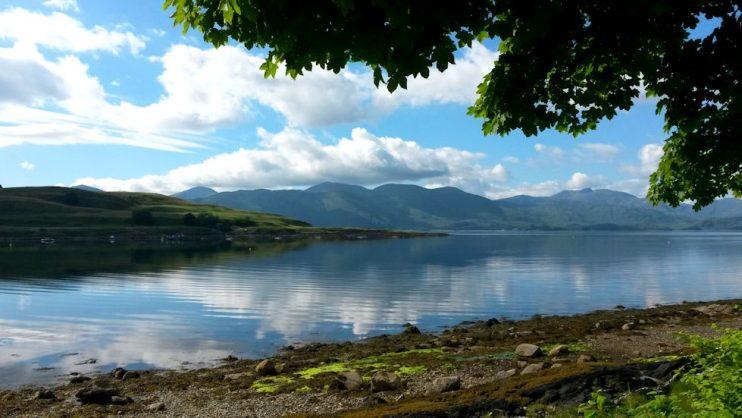 Loch Linnhe lähellä Port Appinia, eli meidän majapaikkaa. Ah, mitkä maisemat!