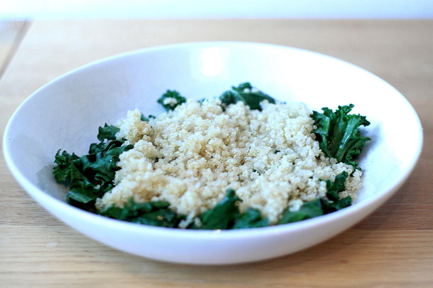 Sitten jotain kuitupitoista, kuten kvinoaa.