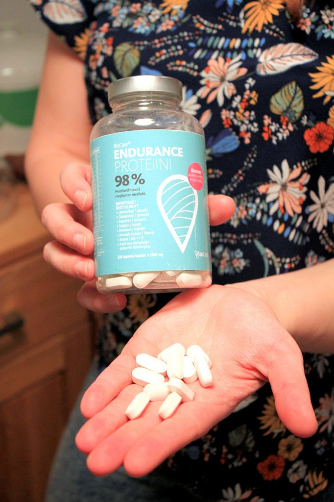 Endurance proteiinikapselit on valmistettu norjalaisesta lohesta. Kapselit tuoksuvat hieman kalalta, mutta eivät maistu juuri miltään. Hieman miinusta kapselit saavat isosta koostaan.