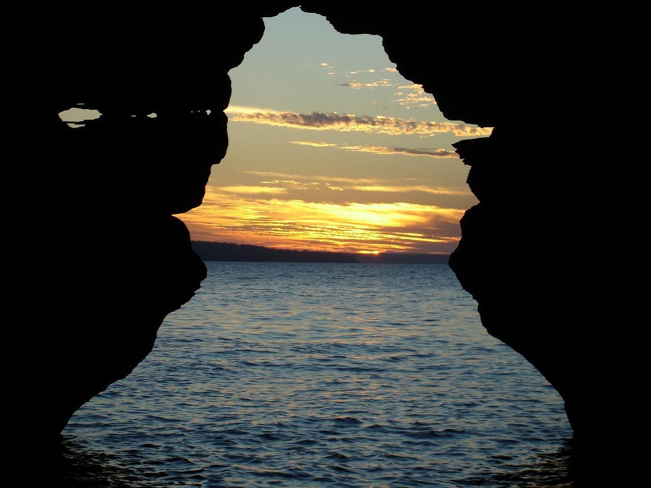 sunset-1814445_1280.jpg