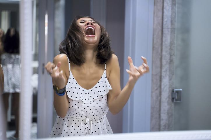 Olipa kerran kolme äitiä, joilla oli aika ajoin vihaisia ajatuksia ja tunteita lastansa kohtaan