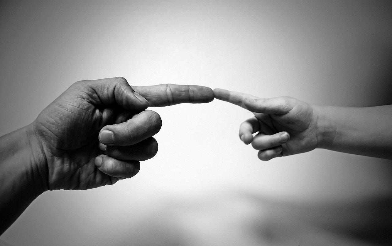 Vanhemman tärkeä tunne, joka voi auttaa tai musertaa