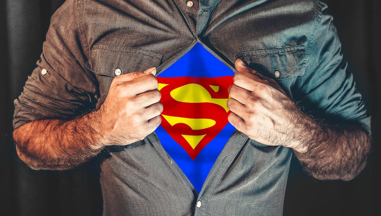 superhero-2503808_1280_0.jpg