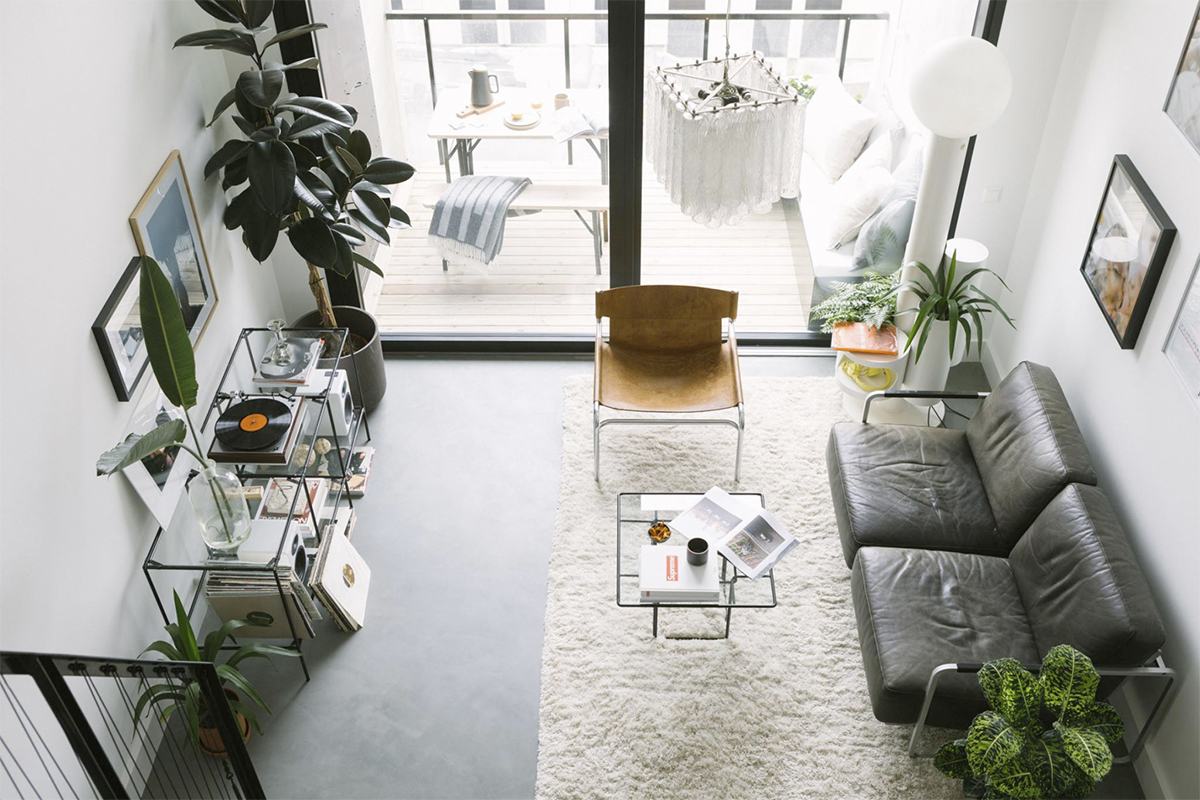 Viikonlopun inspiraatio: raikas ja moderni loft-asunto