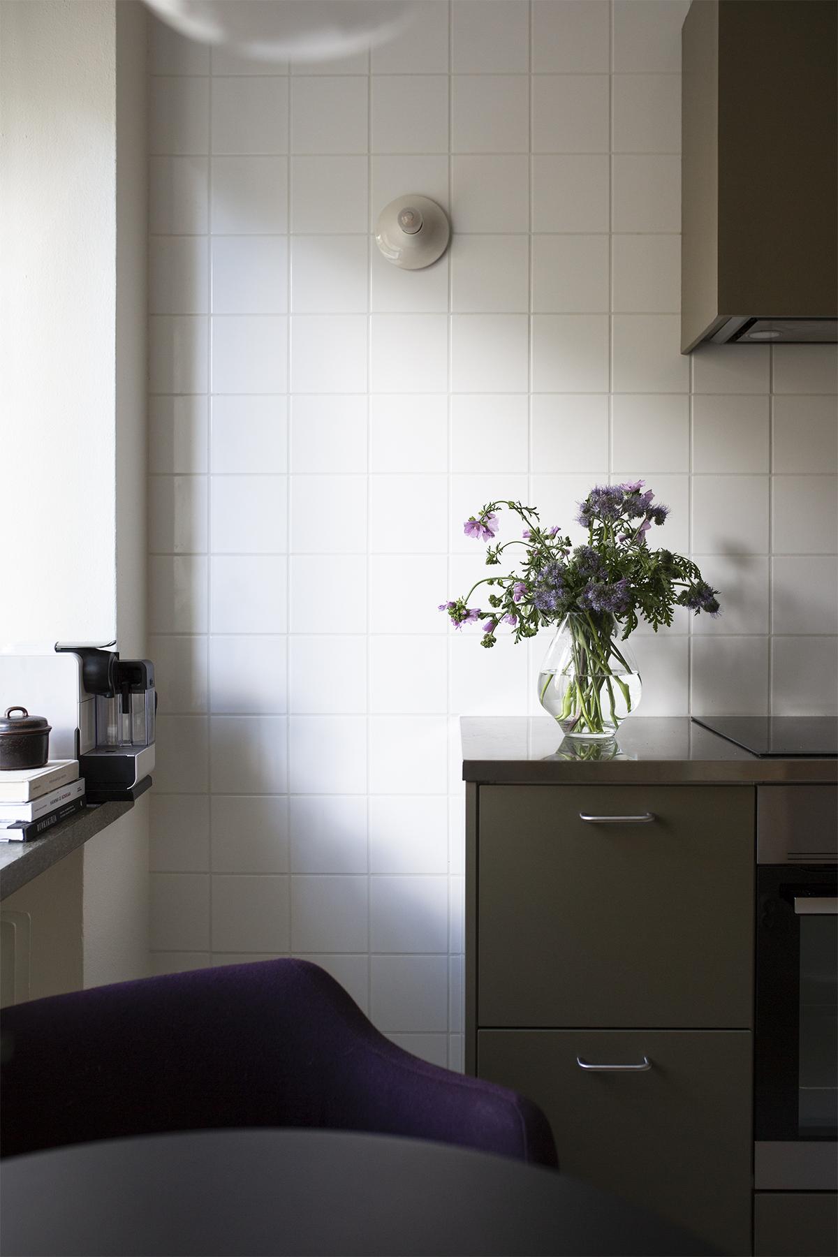 Kotona juuri nyt: luonnonkukkia ja uuden suunnittelua