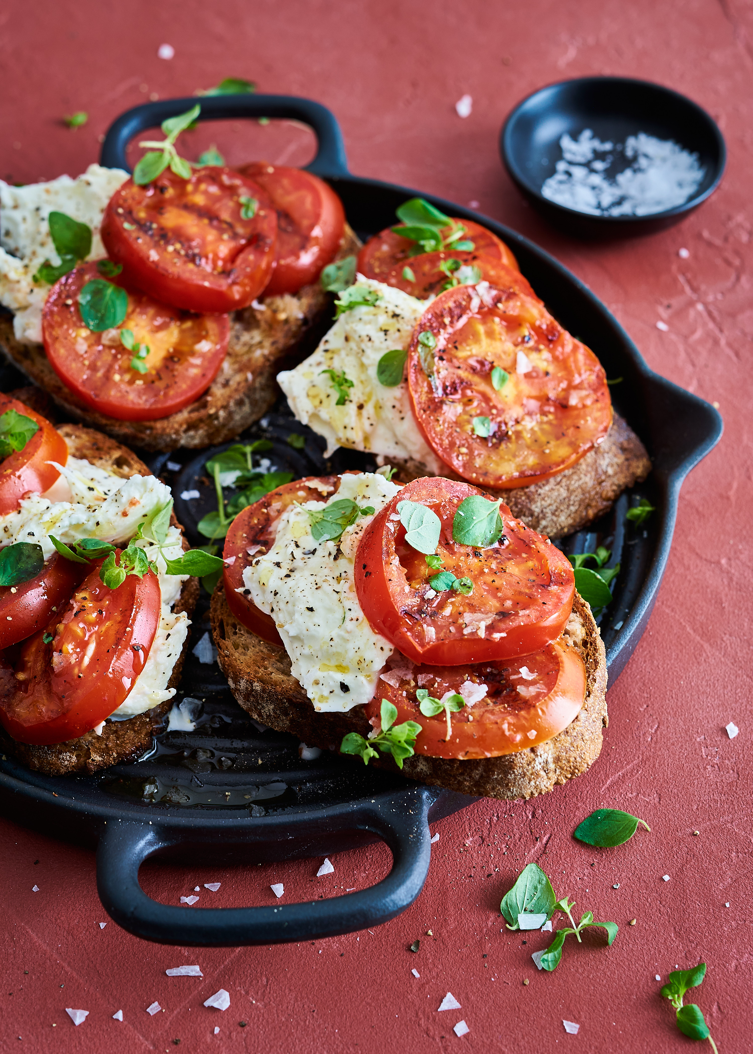 grillattu tomaattileipä