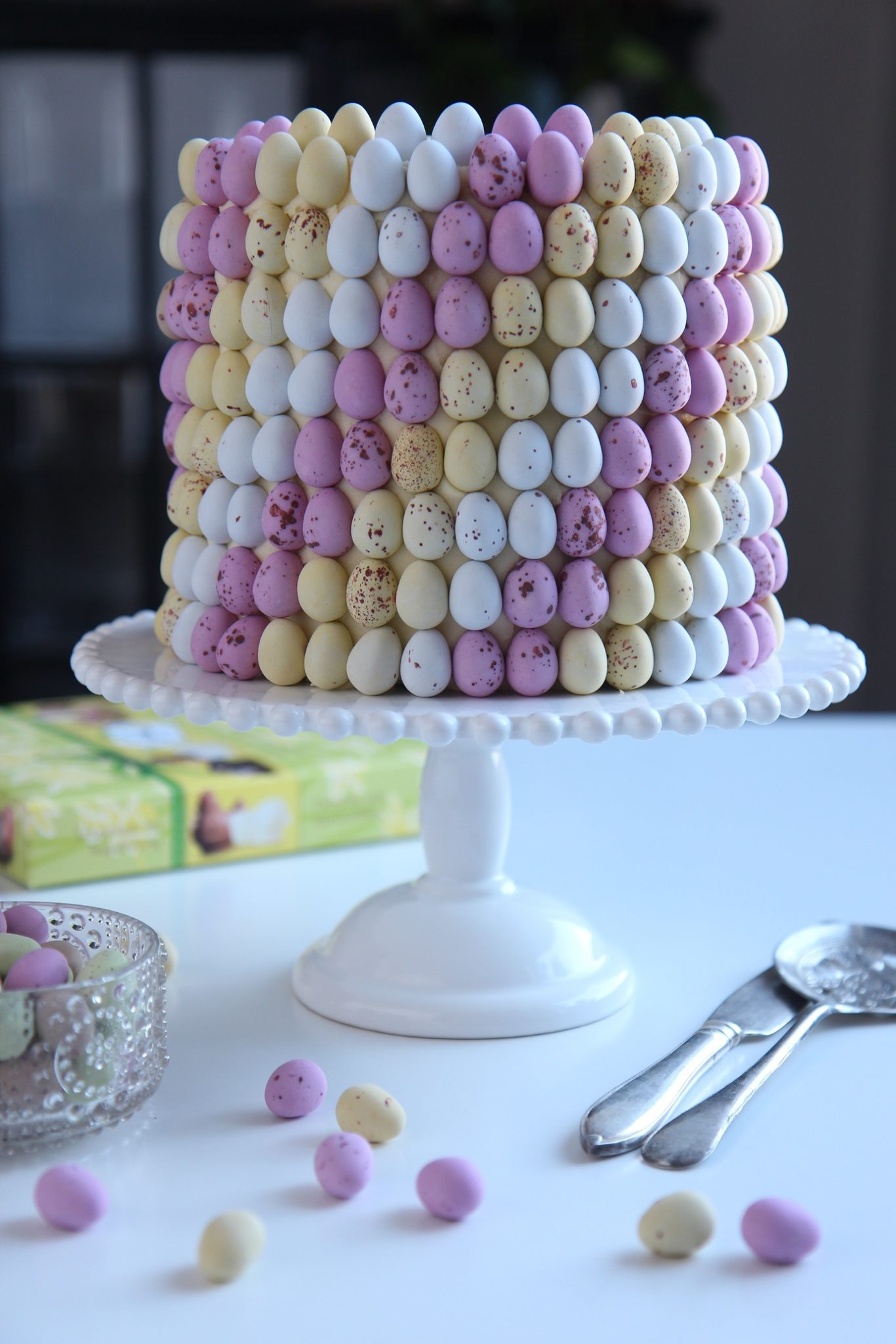 Pääsiäisen hurmaavin kakun koristelu, päästä valloilleen sisäinen taiteilijasi