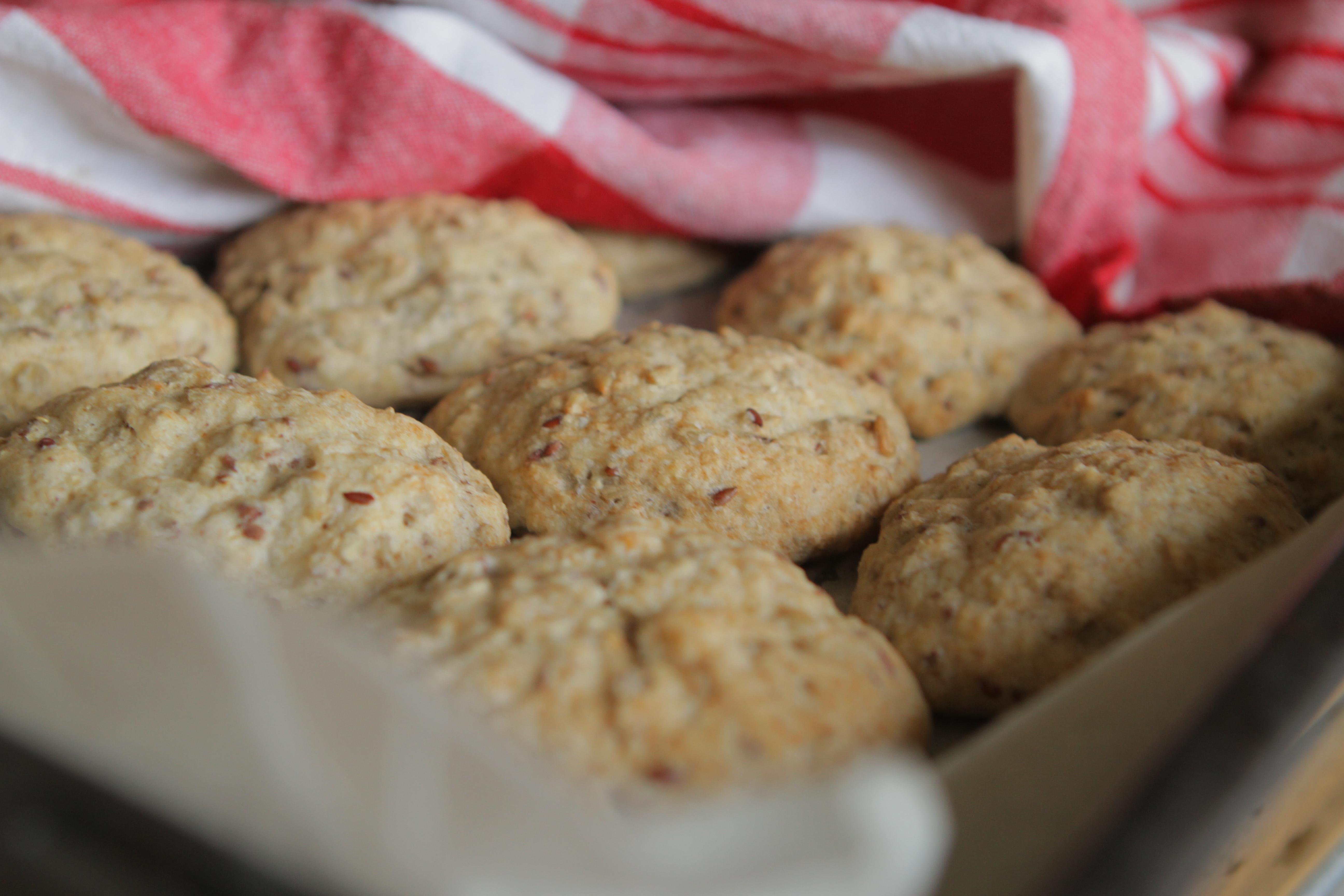 Gluteeniton leivonta, parhaat gluteenittomat sämpylät, helpot sämpylät, helpot gluteenittomat sämpylät, gluteeniton, gluteenittomat leivonnaiset, miten tehdään gluteeniton, sämpyläohje, gluteeniton resepti, sämpylät gluteenittomana, psyllium,