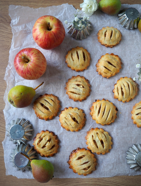Pienet omenapiiraat
