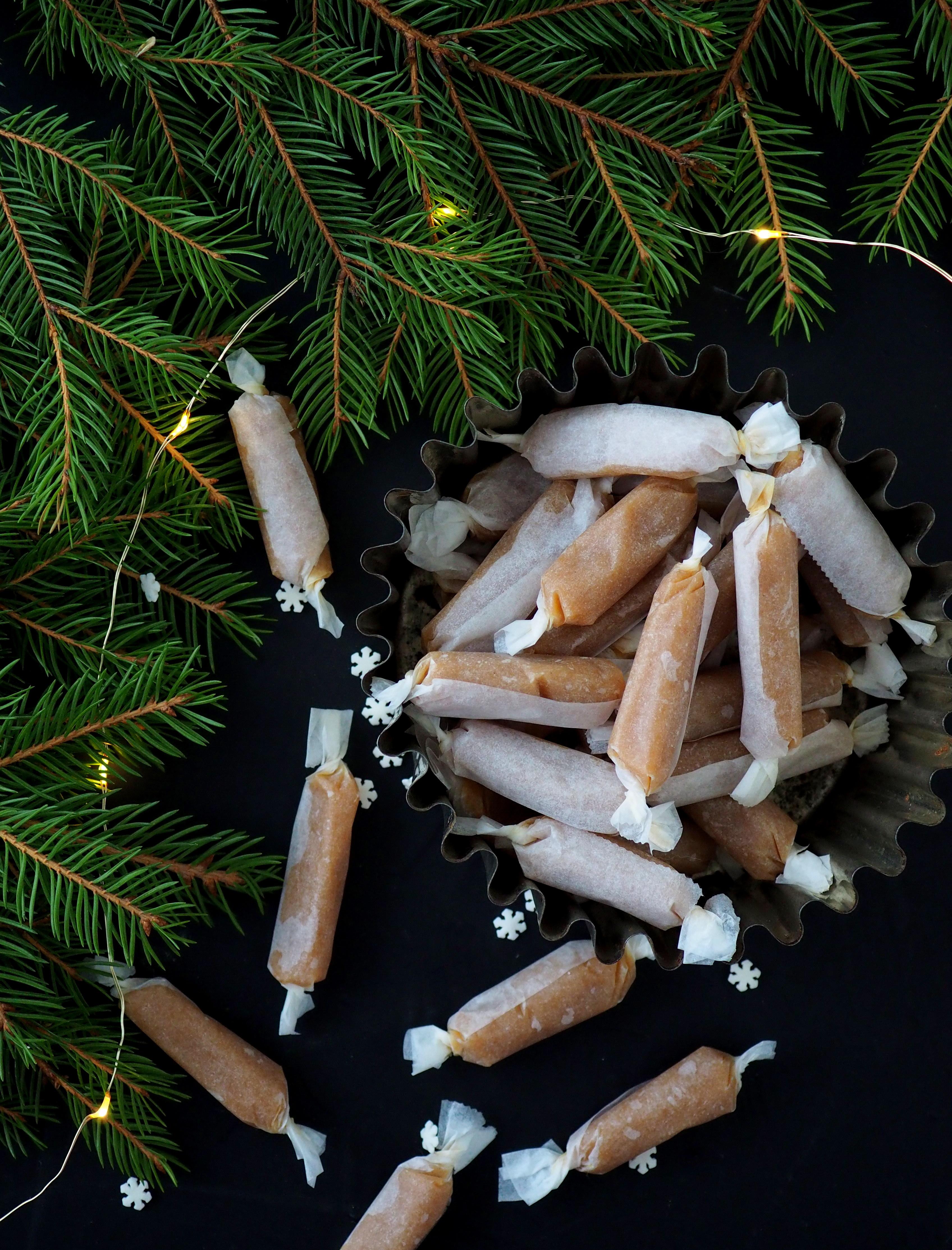 Pehmeät mikrotoffeet – Joulukalenteri luukku 16
