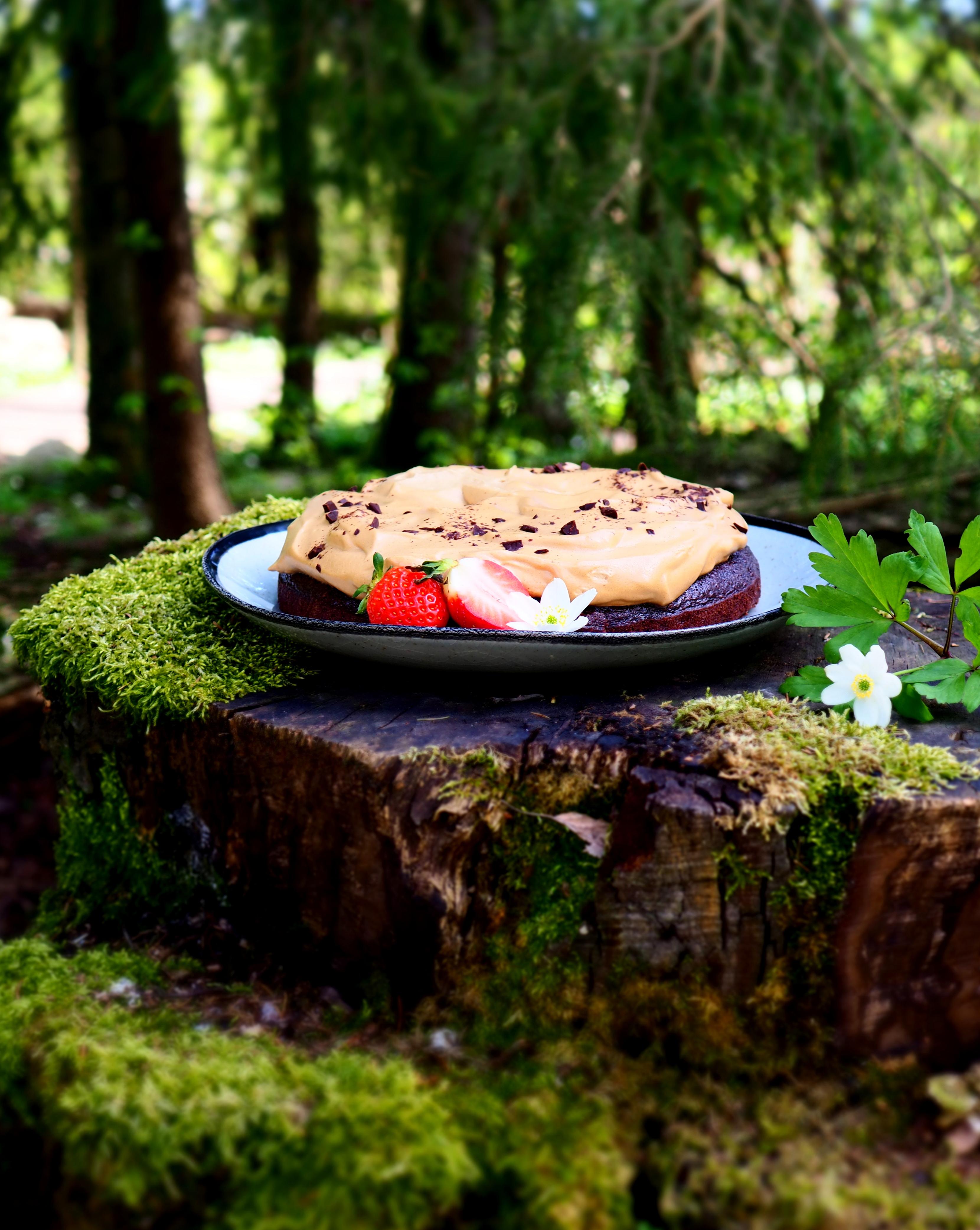 Dalgona suklaakakku (vegaaninen)