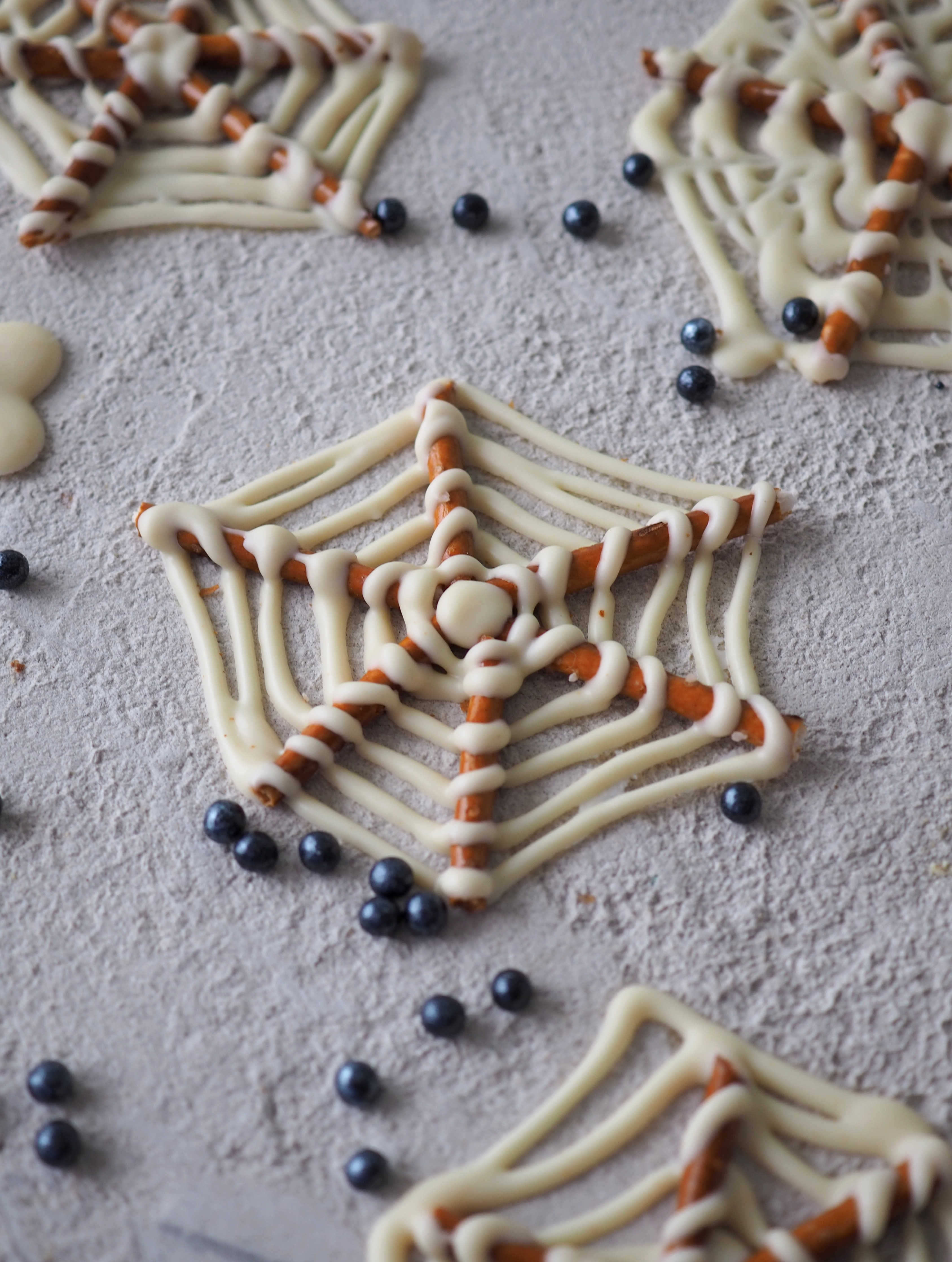 Hämähäkinseitit