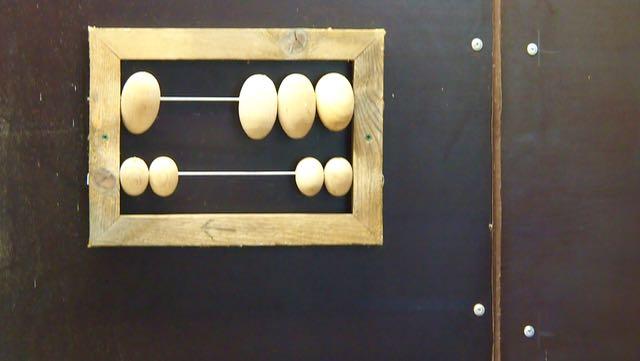 Munataulu auttaa laskemisessa