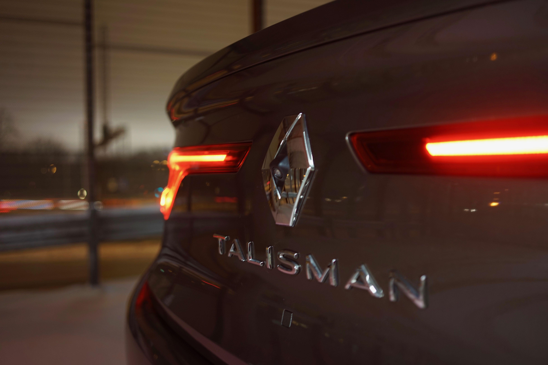 Renault_Talisman_3