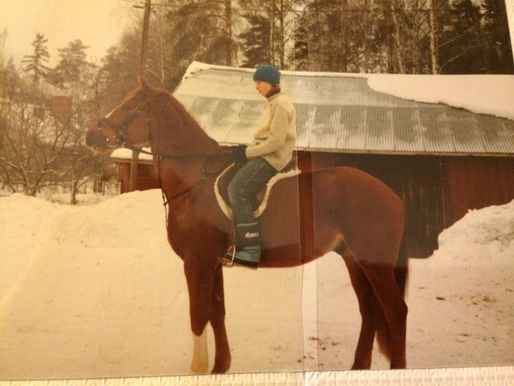 Jos ei muuten, niin istunta ainakin on toimiva. Hevonen oli muistaakseni Siegfrid.