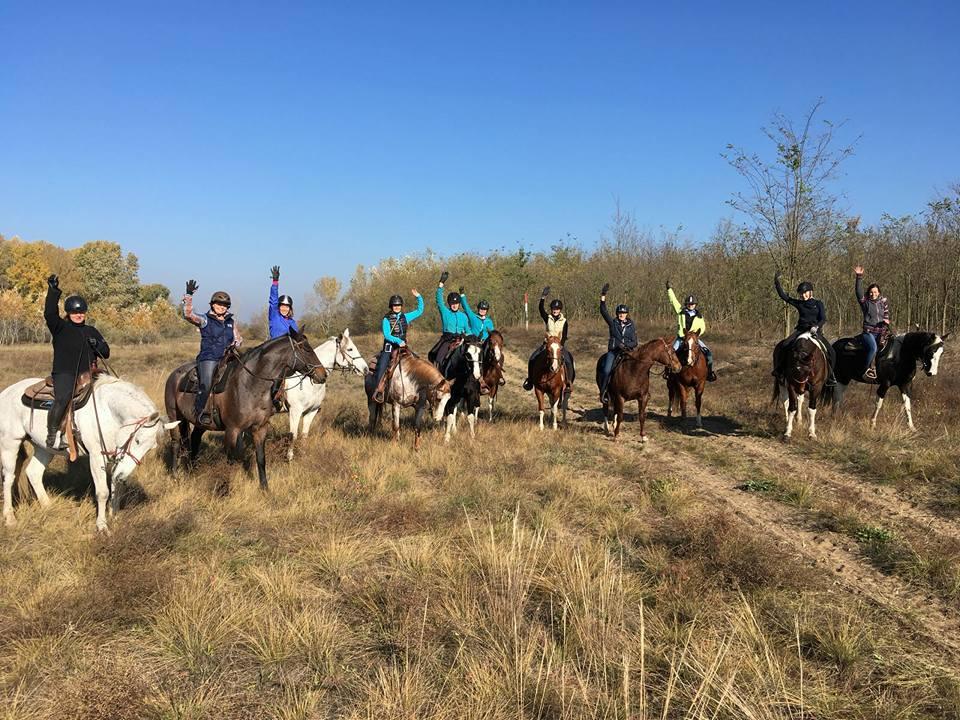 Nähtiin tällä reissulla ritari hevosineen, ainakin omasta mielestämme.