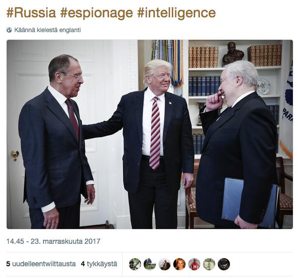 Trump tapasi yllättäen Venäjän ulkoministeri Sergei Lavrovin (vas) ja Venäjän Yhdysvaltojen suurlähettiläs Sergei Kisljakin heti erotettuaan FBI:n johtajan James Comeyn.