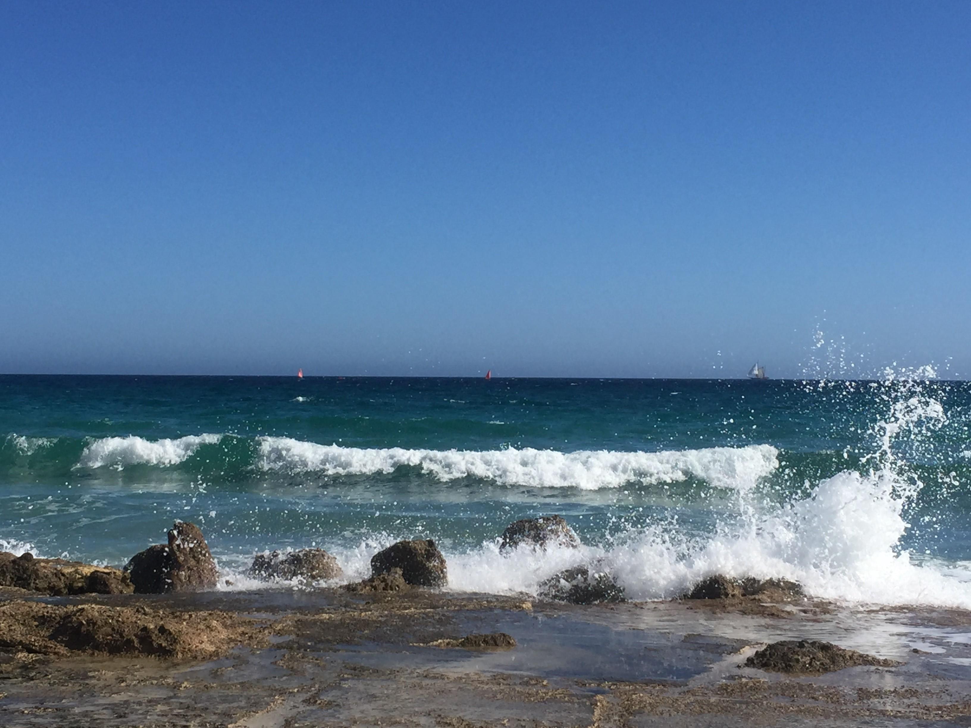 Meren kohina ja horisontin katsominen rauhoittavat.